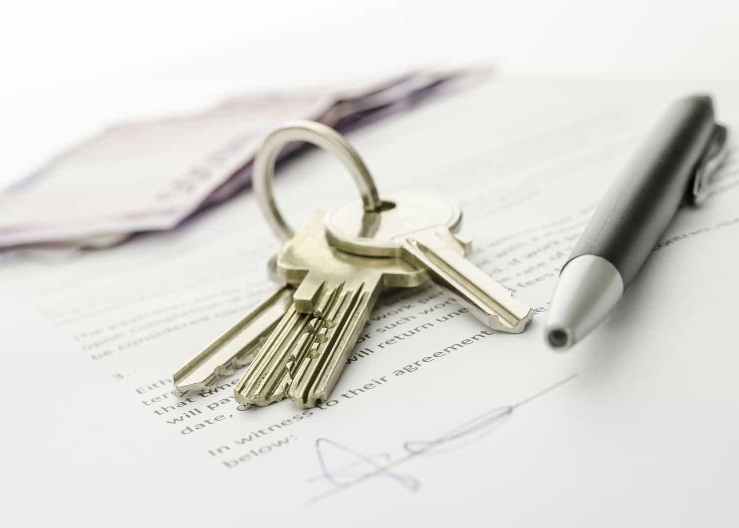 Какие документы нужны в налоговую при получении дарственной
