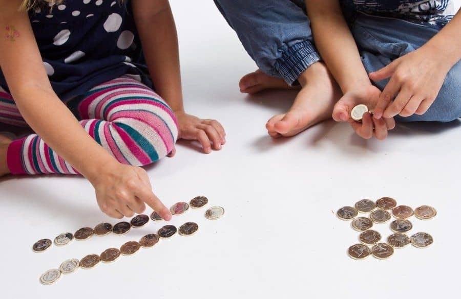распределение алиментного пособия между детьми