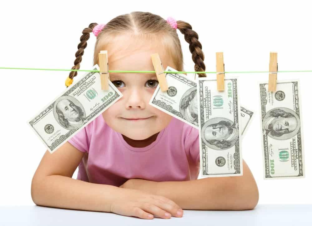 С какого момента выплачиваются алименты на ребенка