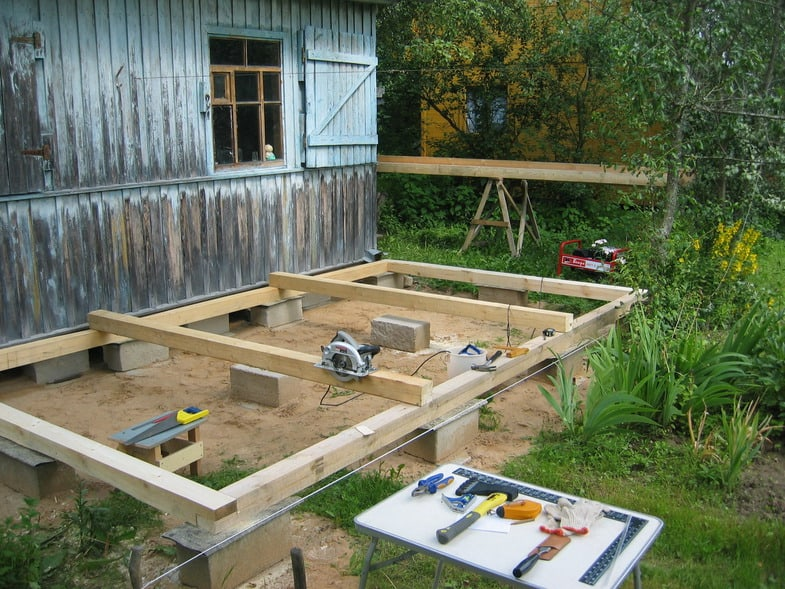 Первые этапы постройки