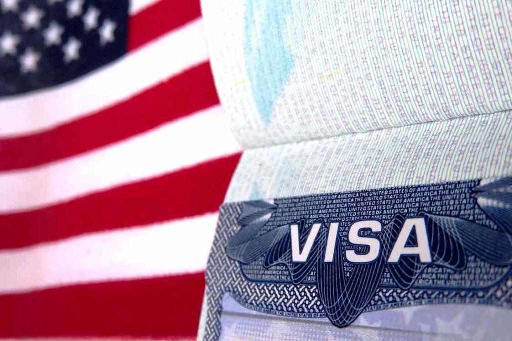 получение визы в США в Санкт-Петербурге