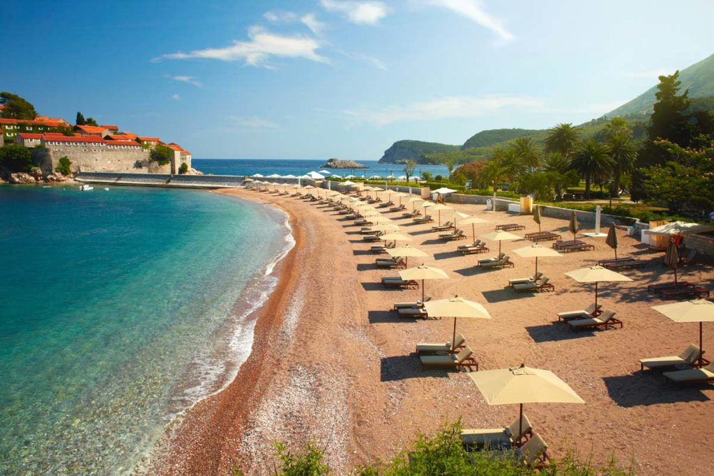 отдых и пребывание в Черногории