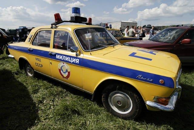 Незаконная покраска авто схемами и цветами такси или спецслужб