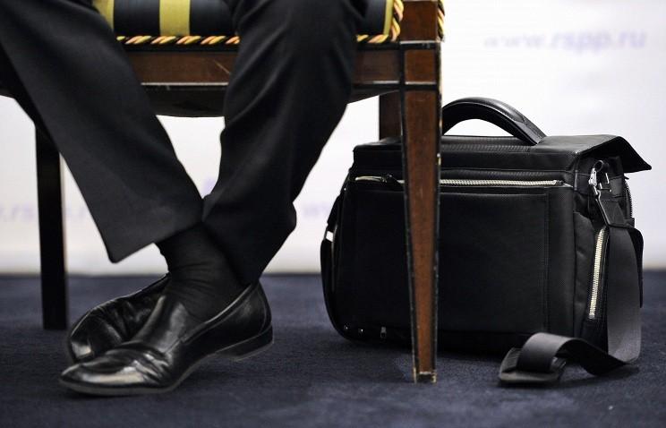 После увольнения с государственной службы сообщать