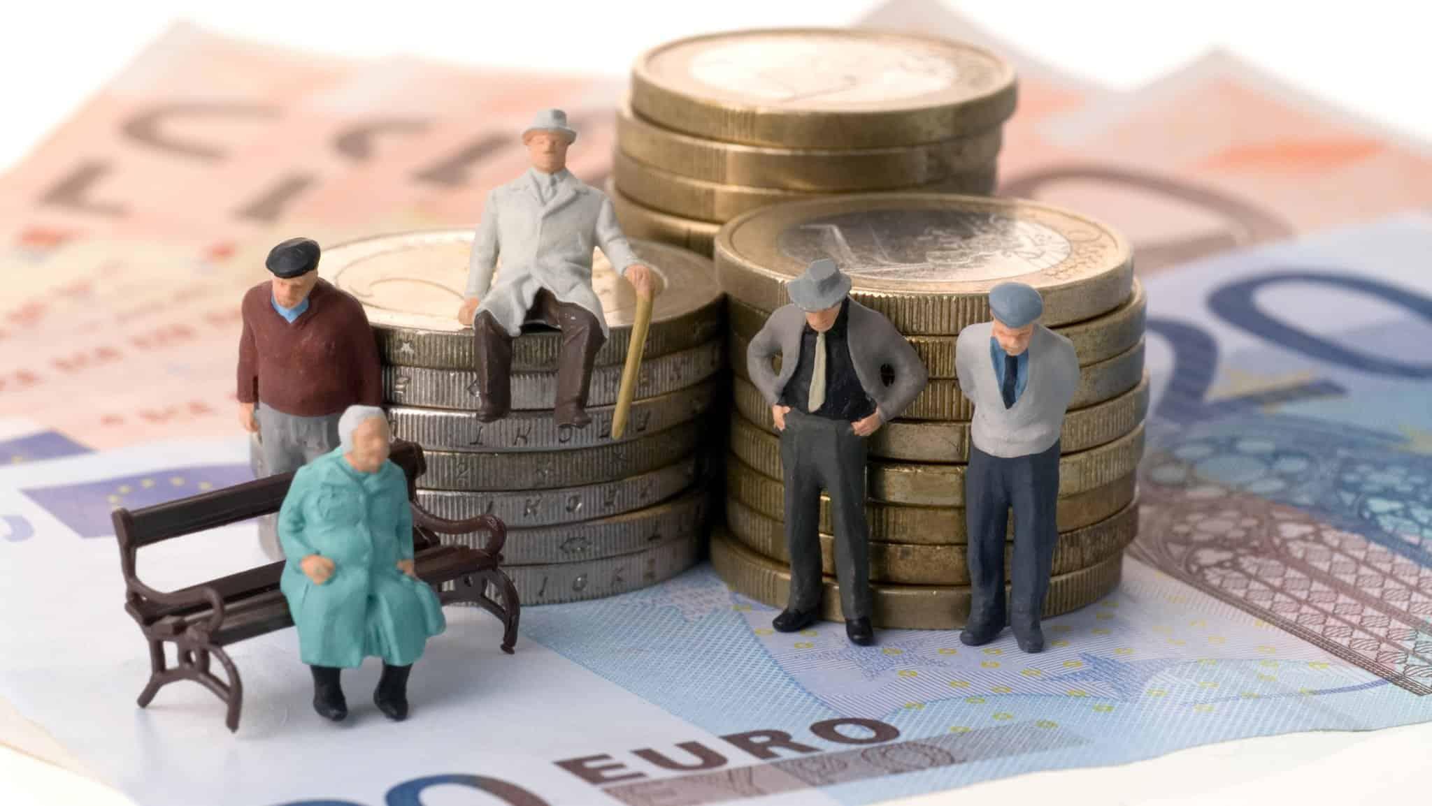 каков минимальный стаж для получения пенсии
