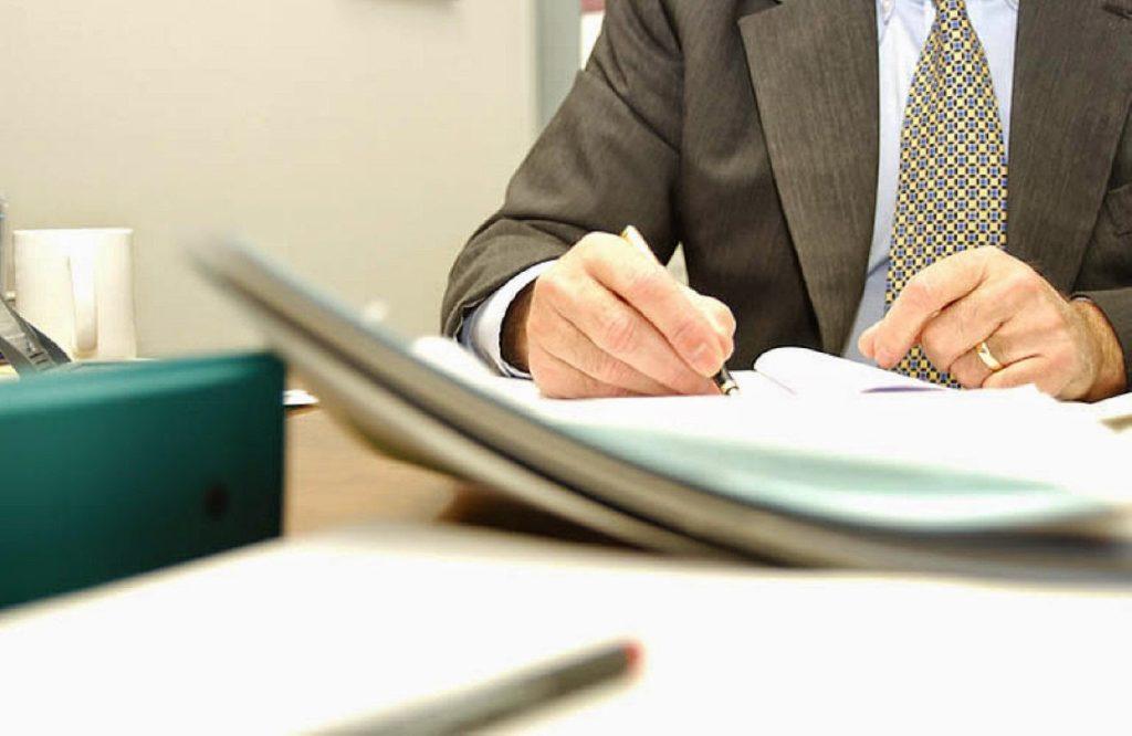 Привлечение врачей к ответственности за халатность по статье 293 УК РФ