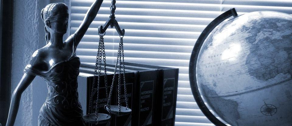 роль прокурора в деле публичного обвинения