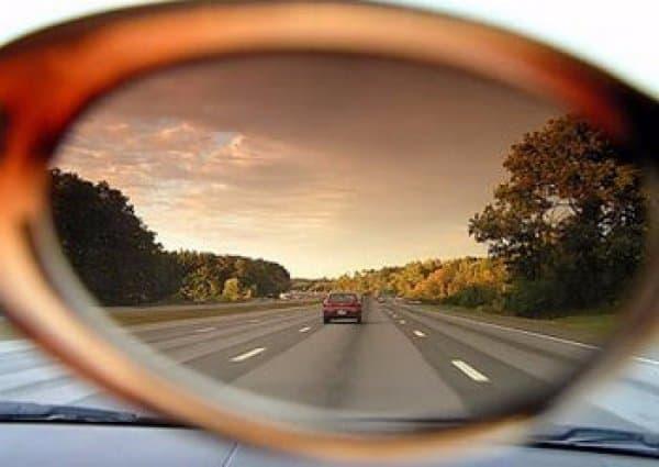 Какое зрение допускается для вождения и противопоказания по зрению к вождению?