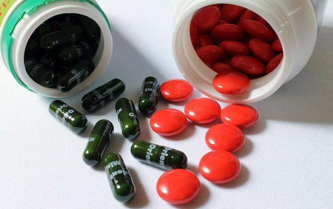 Просроченные лекарства и косметика