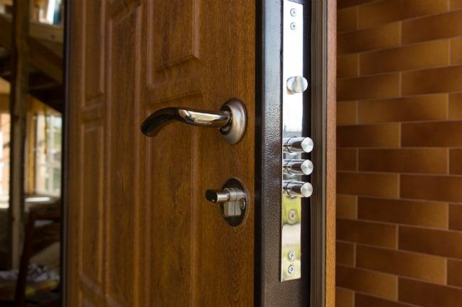 Правила установки входной двери по пожарной безопасности