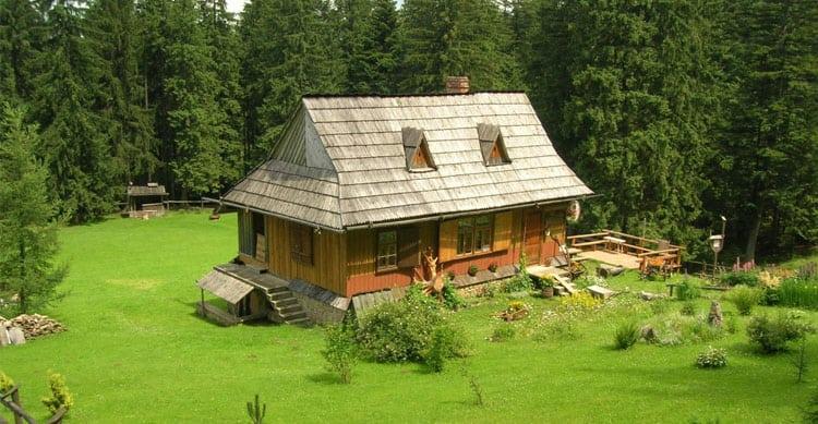 Оформление земли в собственность при наличии жилого строения