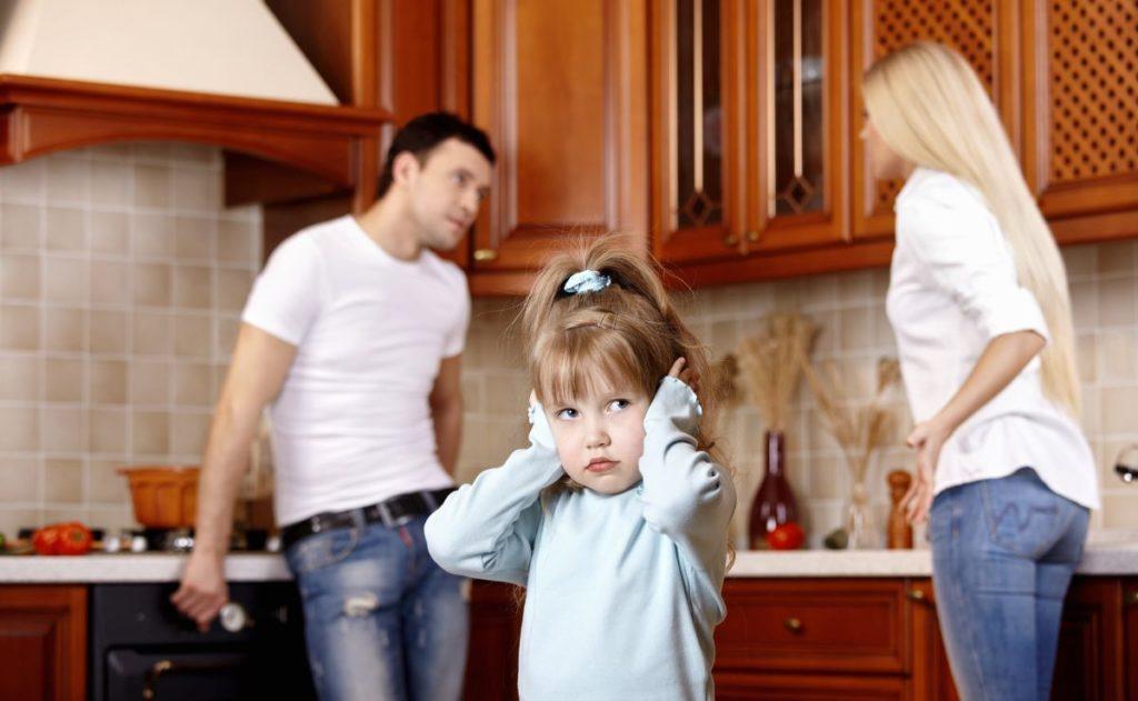 В квартире прописаны дети мужа