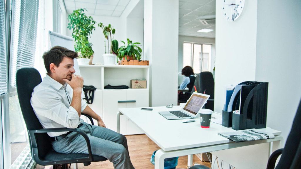 Может ли работодатель отказать в отпуске по графику