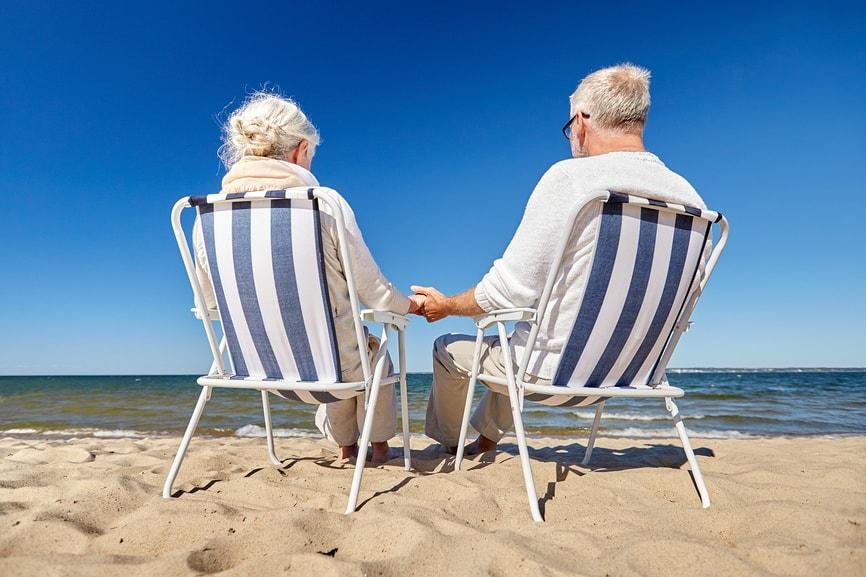 Особенности предоставления отпуска за свой счет работающим пенсионерам