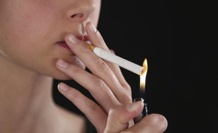 Можно ли курить в туалете квартиры?